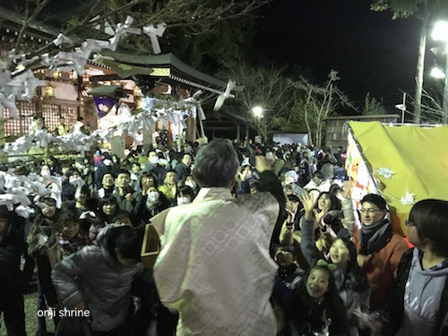 恩智神社豆まき4.jpg